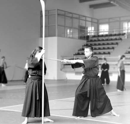 luchadores de esucuela Tenshin Shōden Katori Shintō-ryū